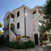 Apartamenty ADRIA